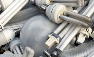 Опасные предметы, содержащие ртуть предприниматель из Астрахани хранил на территории автомобильных фирм