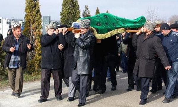 Адыгейцам предложили упростить похоронный обряд