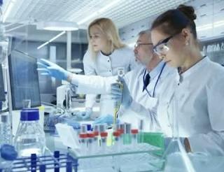 Центральная клиническая лаборатория Калмыкии расширит объемы бесплатной медицинской помощи