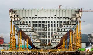Судостроительном завод «Лотос» в Астраханской области загружен на полную мощность