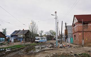 Собственникам домов придется убирать придомовую территорию в Астрахани