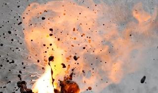 Жизнь мужчины, подорвавшегося на петарде в Таганроге, спасти не удалось