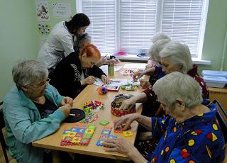 Пожилые люди находятся под присмотром в Волгоградской области