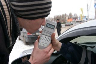 Госавтоинспекторы и общественники выявят нетрезвых водителей в Адыгее
