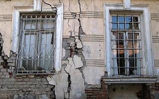 В Астраханской области подняли проблему жилья в исторических, но не комфортных для жизни домах