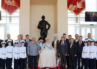 Памятник Суворову вдохновит молодежь на великое предназначение