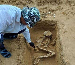 У  кургана «Богомольные пески