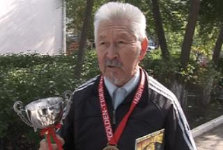 Спортсмен-ветеран из Калмыкии установил мировой рекорд