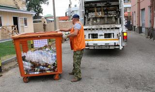 В Майкопе начнут собирать пластик в отдельные контейнеры