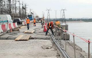 Мост над Волжской ГЭС по-прежнему в ремонте