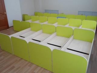 Кровати с сучками не устроили комиссию, принимавшую детский сад в Элисте