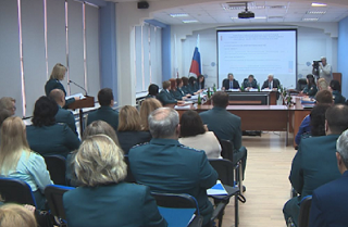 На злободневные вопросы волгоградцев впервые ответил руководитель УФНС