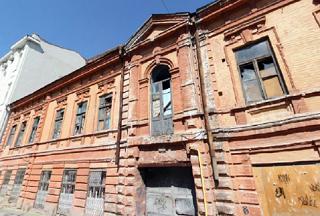 Историческому зданию редакции газеты «Приазовский край» в Ростове вернут былой вид