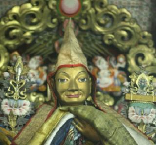 Старинная буддийская реликвия будет доставлена в Калмыкию на временное хранение