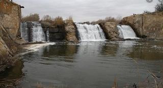 Собственник плотины в Красном Сулине хотел бы ее ликвидировать и спустить водохранилище