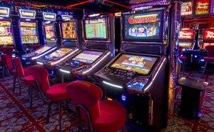 Азартные игры на страницах онлайн казино Император