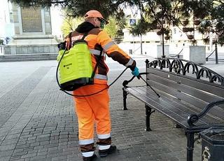 В Краснодаре круглосуточно дезинфицируют улицы