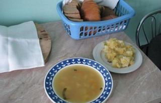В Волгоградской областной инфекционной больнице № 1 пожаловались на холодную еду