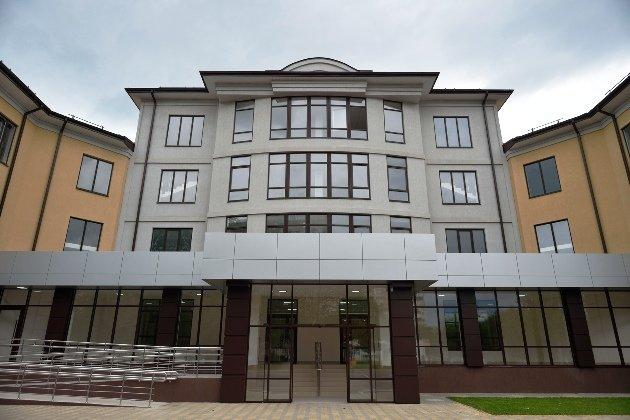 В столице Адыгеи готовят к открытию новый медцентр