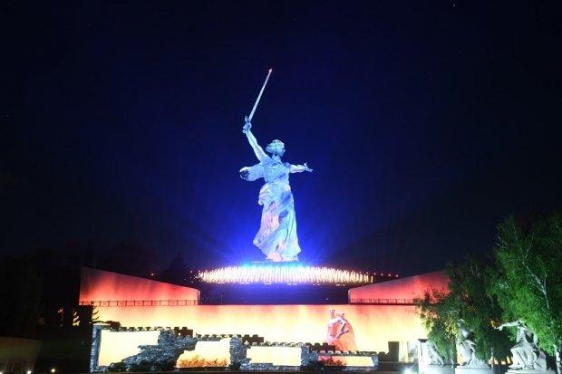 24 июня в Волгоград приедут известные  артисты и музыканты