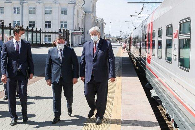 А. Бочаров осмотрел железнодорожные объекты в Волгоградской области