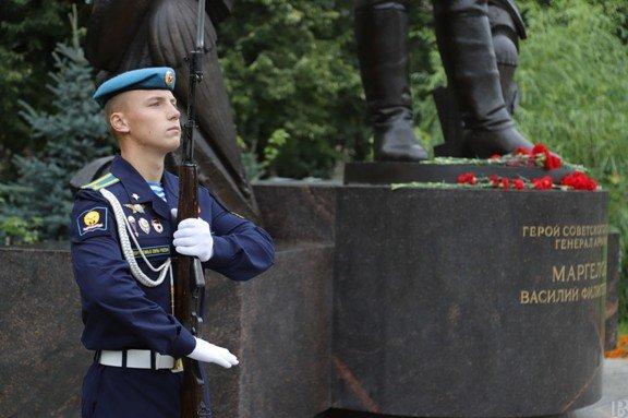 В Новороссийске прошел военно-спортивный праздник в честь 90-летия ВДВ