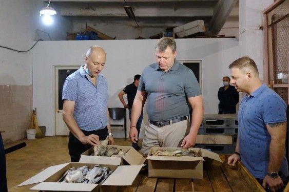 И. Бабушкин посетил предприятие «Холодильник Володарский»
