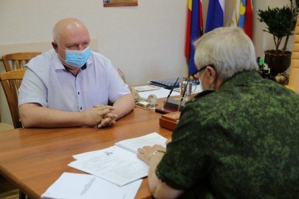 Глава администрации Каменска-Шахтинского уволился в день приезда губернатора