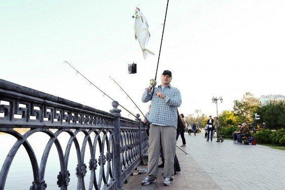 И. Бабушкин поймал сопу на фестивале «Вобла-2020»
