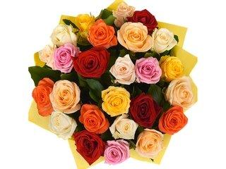 Розы с доставкой: основные преимущества