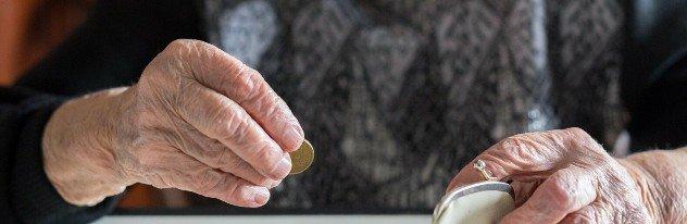 Голубев предложил увеличить прожиточный минимум для пенсионеров