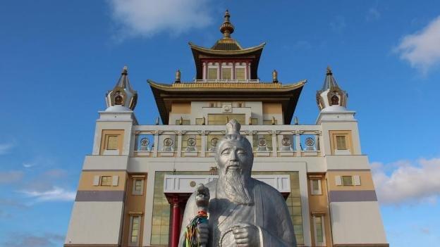 Главный буддийский храм Калмыкии закрыли