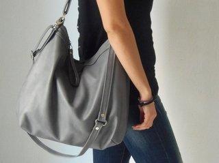 Как выглядит сумка хобо и в чем ее особенности