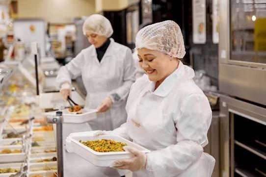 «Магнит» запустил производство готовой кулинарии «М Кухня» для магазинов «у дома»
